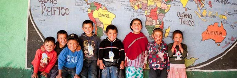 volunteer in children at risk project in guatemala
