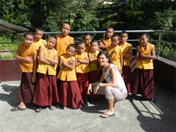 volunteer abroad in nepal