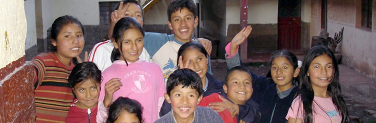 volunteer in orphanage-childcare project in peru